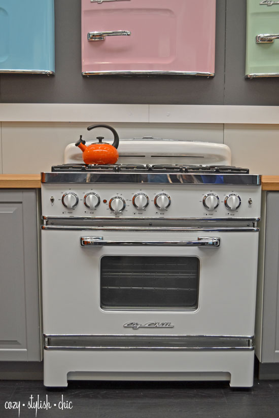 Retro Kitchen Appliances Vintage Meets Technology