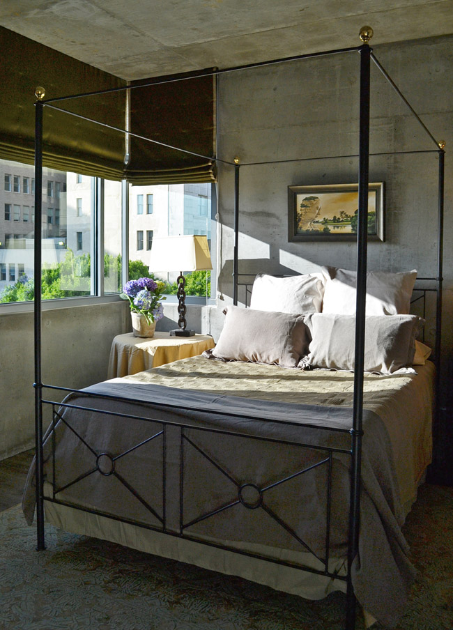 Modern and masculine interior design at met lofts cozy stylish chic - Loft bed met opbergruimte ...
